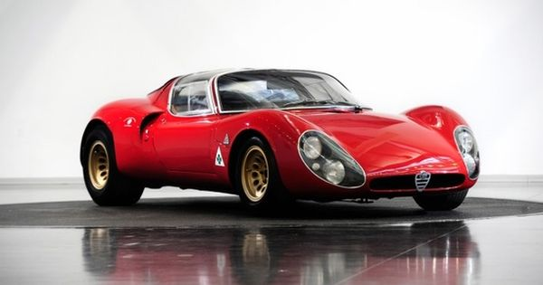 Alfa Romeo Tipo 33 Stradale, photo by Auto Clasico