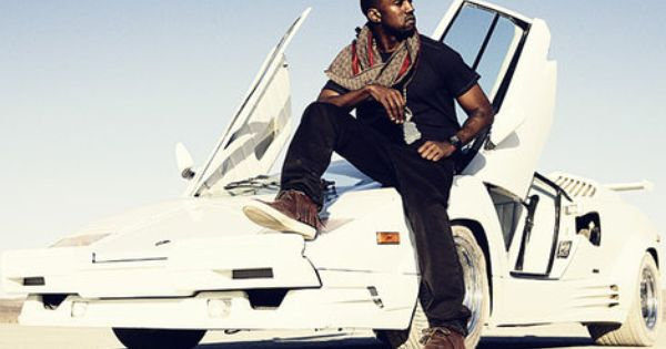 Kanye West Wearing Gucci Shaman Moccasins And A Gucci Scarf In 2007 On The Set For The Can T Tell Me Nothing M White Lamborghini Kanye West Kanye West Style