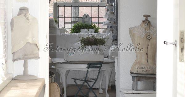 Stukje van de hal foto reportage van ons huis voor het tijdschrift shabby style 2013 for Lay outs van het huis hal