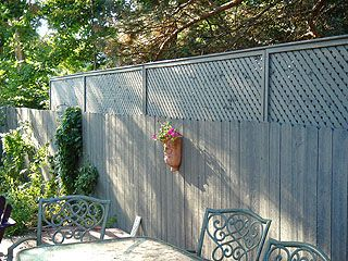 Extending A Privacy Fence With Wood Lattice Screen Panels Privacy Fence Landscaping Privacy Fence Designs Backyard Fences