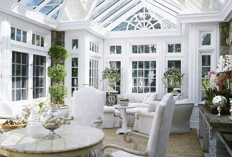 If only I had a sun room that looked like this :o