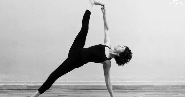 Vasisthasana Hanumanasana Side Plank Split Pose Yogea Yoga Outside Of The Box Yoga Photography Yoga Yoga Poses