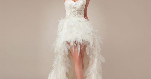 Elegant Sleeveless with Natural waist wedding dress.. Love it! Reminds me of
