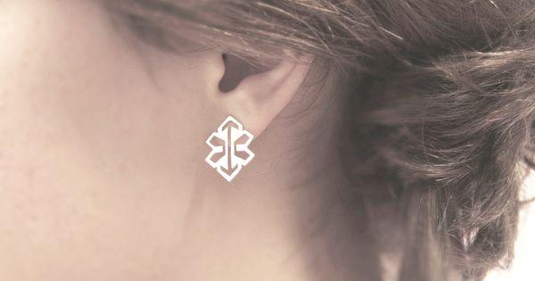 INDIANA / stud silver earrings