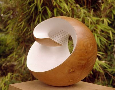 Barbara Hepworth - Pelagos, Elm wood with colour and strings, 1946 curves