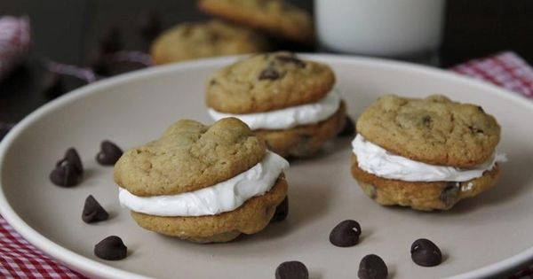Whoopie pies, Pies and Chips on Pinterest