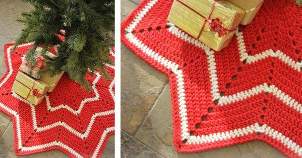 crocheted christmas tree skirt free crochet pattern christmas pinterest crochet. Black Bedroom Furniture Sets. Home Design Ideas