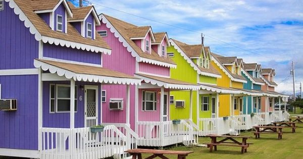 Gingerbread cottages hatteras point outer banks nc for Hatteras cabins rentals
