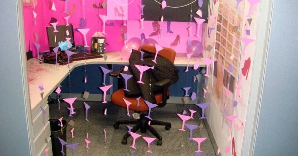 Cubicles sex and the city and cubicle decorations on pinterest