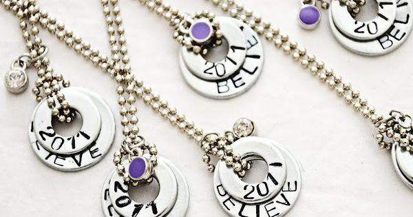 DIY Washer necklaces. 25 Handmade Gifts Under $5 | The 36th AVENUE
