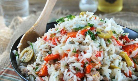 Ensalada de arroz con at n y pimientos asados l exquisit - Ensalada de arroz con atun ...