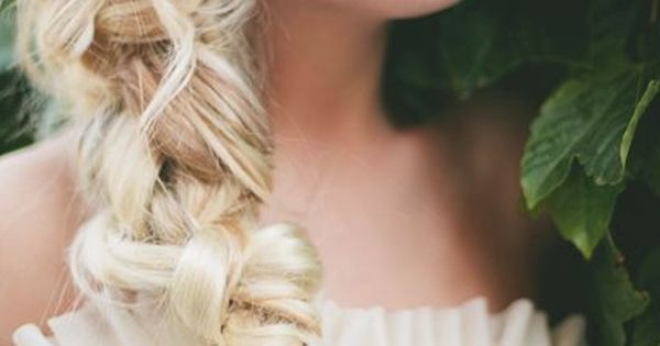 Beautiful hair styles for your wedding