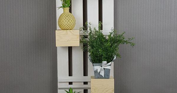 upcycling blockregal verschiebe die einzelenen holzbl cke und gestalte selbst upcycling. Black Bedroom Furniture Sets. Home Design Ideas