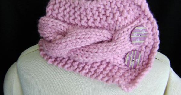 """hand knitted """"cowl""""/neck warmer. This is SO EASY to make! 