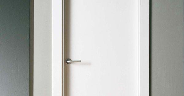 Puerta maciza lacada completa a falta de manilla con - Puertas lacadas blancas ...