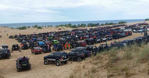 2017 Slsd Jeep Invasion Sand Sand Dunes Jeep
