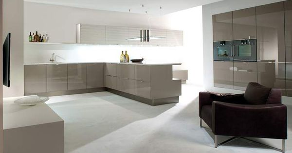 Hacker the definitive luxury german kitchen company dubai abu dhabi uae kitchen Kitchen design companies uae