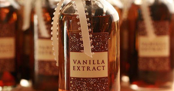 Homemade Vanilla Extract great Christmas gift idea