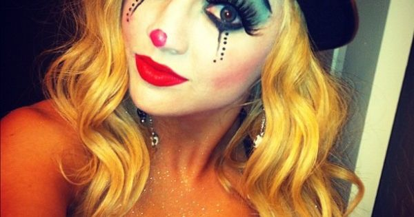 Cute clown. Only clown that doesn't scare the living crap out of