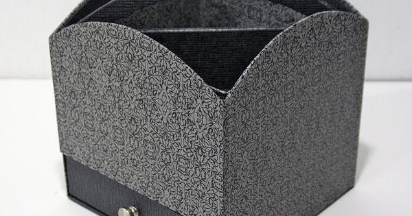 bo te avec tiroir plateau amovible r alis par sylviane avec le papier papertree miniature. Black Bedroom Furniture Sets. Home Design Ideas
