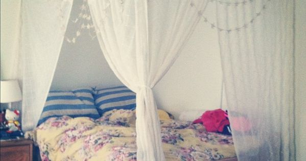 dorm [trends] DIY canopy bed