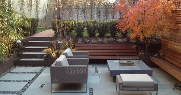 terrasse jardin en contrebas parfait pour s 39 asseoir terrasse jardin terrasses et fauteuils. Black Bedroom Furniture Sets. Home Design Ideas