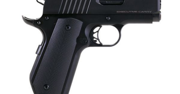 The Para Ordnance Executive Carry Compact 1911 In 45 Acp Utilizes A Bobtail Ed Brown Mainspring Housing For Optimum Concealm Para Ordnance Firearms Hand Guns