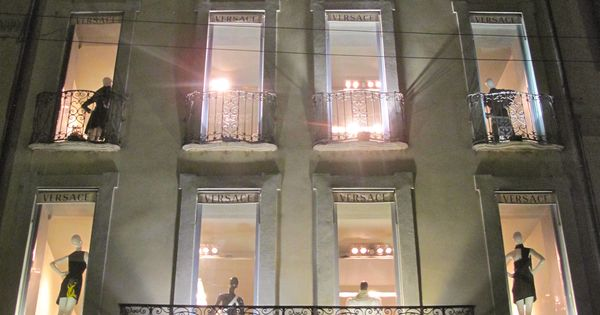 Versace Store Vfno Milan Billionairess Club Pinterest Milan Italy Eiffel Towers And Bath