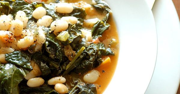 Low calorie savory kale, cannellini bean, and potato soup. perfect for fall!
