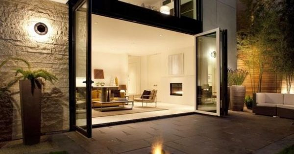 Love tiles and fire pit. Nice open space