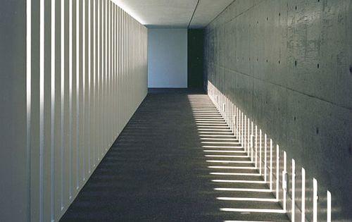 Architectural light, the Creo Hall in Toyoma by Akira Sakomoto Casa (photo