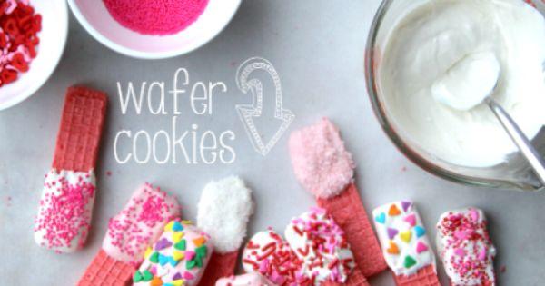 Super Easy Valentine's Day Cookies __ FamilyFreshMeals.com valentinesday dessert valentine cookie