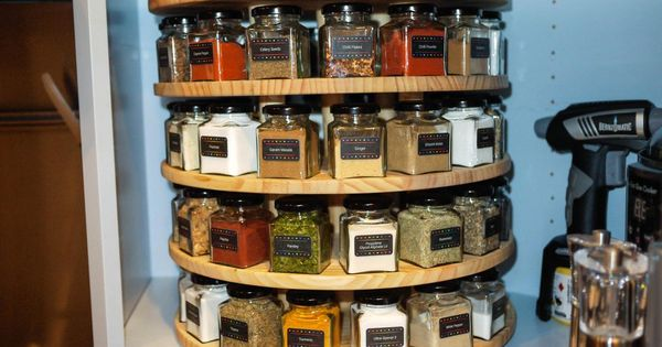 Diy carousel spice rack via reddit for Carousel spice racks for kitchen cabinets