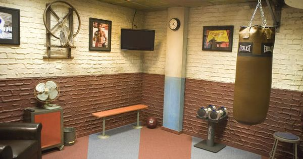 Home gyms gym and small home gyms on pinterest