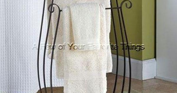 Bronze floor standing towel rack bathroom storage quilt