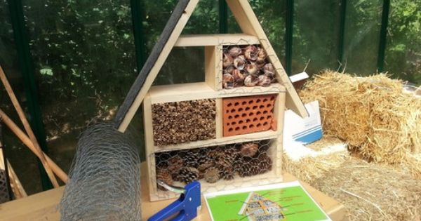 insektenhotel bauanleitung ideen f r techn werken. Black Bedroom Furniture Sets. Home Design Ideas