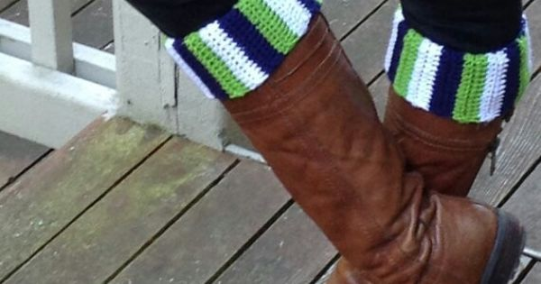 Football team wreath repeat crafter me - Seahawks Boot Cuffs Crocheting Pinterest