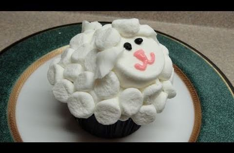 How to Decorate a simple marshmallow sheep cupcake | Old ...