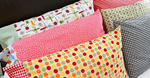 18 Easy Sewing Projects For Beginners.... lots here and some pillow cases
