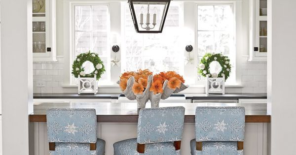Coasta Kitchen Table And Chairs