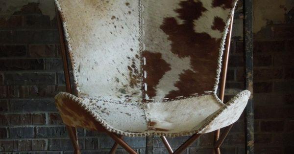Vlinderstoel met koeienhuid - Vlinderstoel in leer en koeienhuid ...