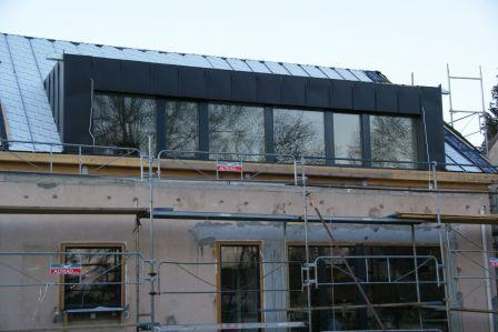 Toiture En Zinc Suite Mais Pas Fin Renovation Passive Toiture Maison Renovation Vieille Maison Lucarne De Toit