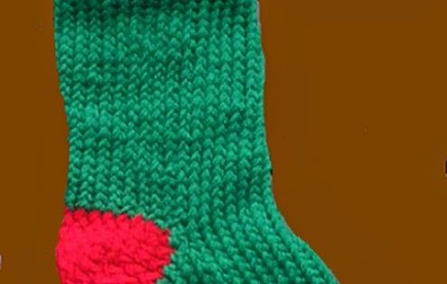 Christmas Stocking Loom Knitting Pattern : The Loom Knit Knifty Knitter: christmas stocking Loom ...