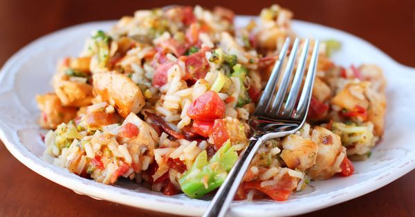 Cheesy Chicken, Bacon, Broccoli & Rice with Rotel. Easy One-Dish Skillet Dinner.