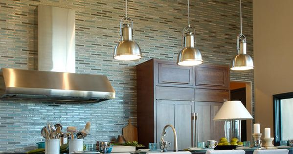 Kitchen - love of the tile backsplash goes all the way up