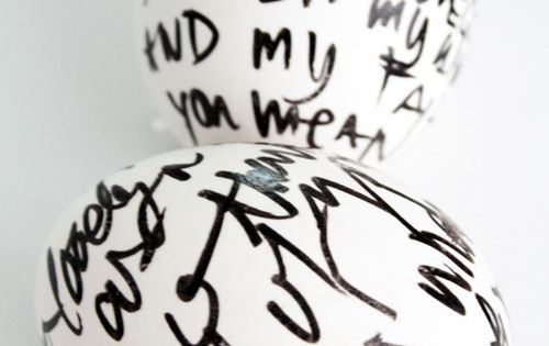 modern Easter eggs decoration ideas black and white egg with personal message