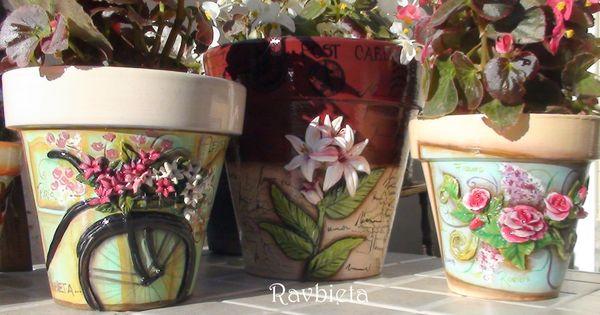 Macetas con aplicaciones modeladas y pintadas totalmente a - Macetas de porcelana ...