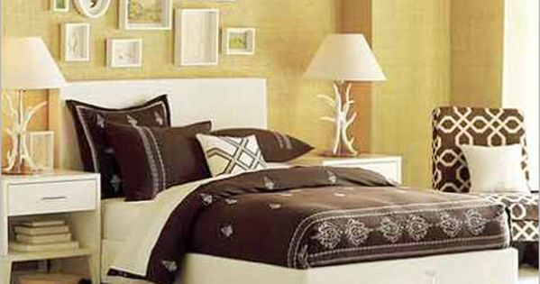Bedroom ideas for young women with brown and white for Decoracion depto