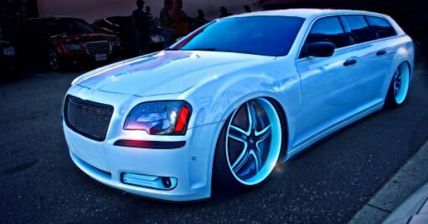 Future project Hope so Dodge magnum with 2015 chrysler