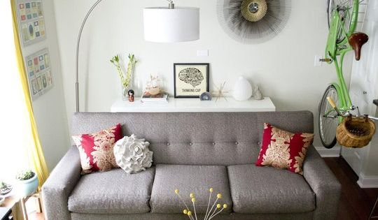 College Gloss: Small Spaces Decor Inspiration from Apartment Therapy. grey couch.